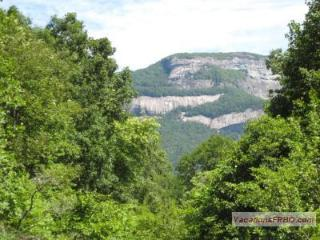 3 BR Cabin with Mt. View in Highlands/Cashiers, NC