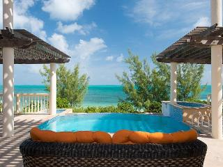 Seahorse Villa, Turks &amp; Caicos, Babalua Beachfront