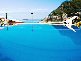 Villa  Positano with infinity pool  8 pax.