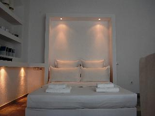 Mykonos Town Suites - 4 studios managed by M.A.C.