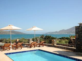 3 bedroom Villa on the Beach in Elounda, Crete