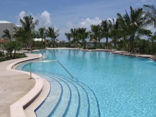 2 Bedroom Villa in Key Largo's Most Upscale Resort
