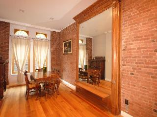 Amazing Garden Duplex, Historic Harlem