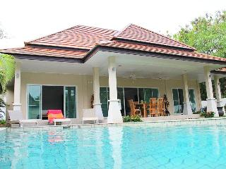 The Newest 2 Bedrooms Private Pool Villa In Rawai