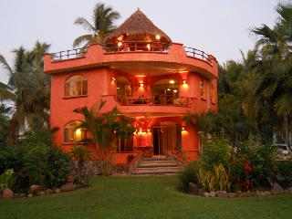 Elegant Villa, Rivera  Nayarit - ocean,pool,kayak