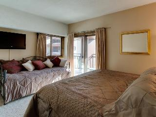 Premier Corner Condo Ski-in/Out Luxury,Sleeps 2-8