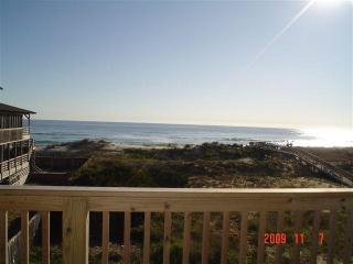 Cozy Ocean Front Condo in Resort Rodanthe! Views and Pool!
