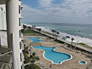 3/3 Condo in Silver Beach Towers on Destin Beach!