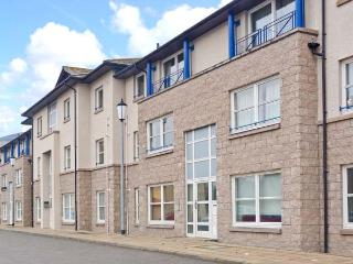 INVERNESS ON THE RIVER, city centre location, river views, off road parking, in Inverness, Ref 22879