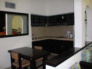 Studio Rooms w/Private Balcony in Cancun