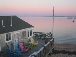 Historic Wharf Cottage - Right on the beach!