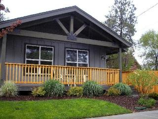 Bend Centrally located. 3 BR, 2 BA. Heyburn Street