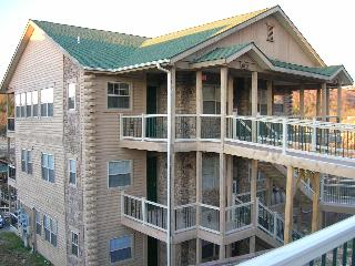 Branson Luxury 2 Bed/2 Bath Condo-Table Rock Lake
