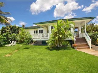 Charming 2 Bedroom Beach House-Steps to Baby Beach