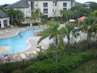 Poolside Zen themed 1BR condo near Disney World