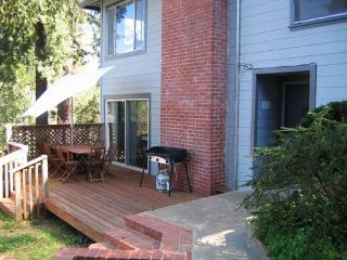 2 Bedroom Apt Great Views Overlooking Guerneville