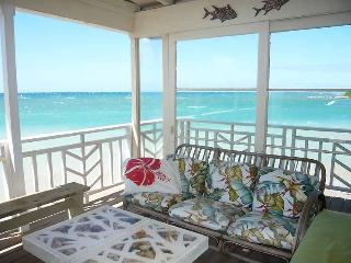 Coconut Cove - Beachfront Cottage