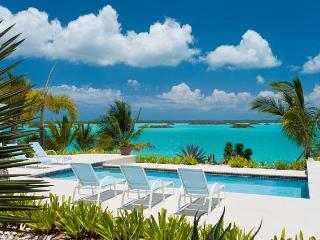 A Breezy Palms Villa Vacation on Providenciales