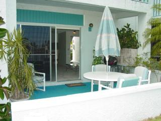 Madeira Beach Yacht Club 329b-remodeled Waterfrt