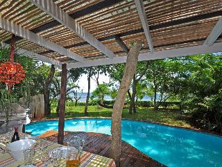 Beachfront Home with Pool and Jacuzzi- guanacaste
