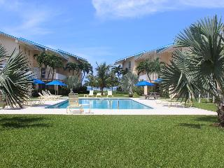 1B Condo on SevenMileBeach - CaymanReefResort #17