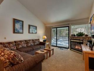 Ski-in 2 Bedroom Condo at Chair 7 in Mammoth Lakes