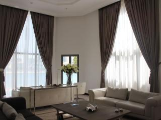 Holiday Home Classic Villa 4 B/R - Palm Jumeirah