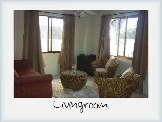 Seroe Blanco 49H 2BD Vacation Home (Downtown )