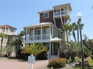 Sugar Shack, 5+ bedrooms, Pets allowed, gulf views