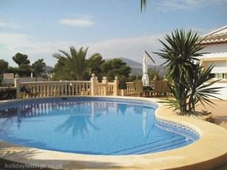 Luxury Villa Rental In Javea