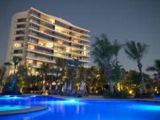 Grand Luxxe Nuevo Vallarta Christmas and New Years