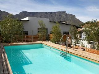 313 - CAPE QUARTER LIVING