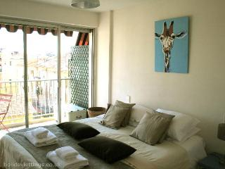 Blue Giraffe Holiday Apartment