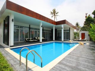 4 Bedroom Villa In Hua Hin, Modern Style