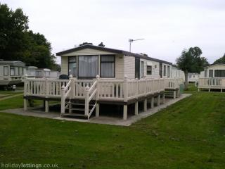 NEW FOREST CARAVAN ST135