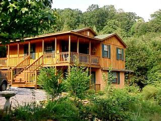 Cabin In The Smokies/Cherekee Forest Foothills