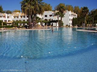 Golden Clube Holiday Village