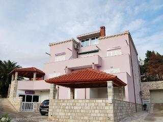 2-bedrooms apartment in Mlini