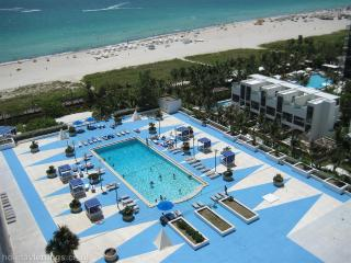 RONEY PALACE South Beach Miami