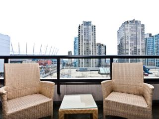 Bright Studio in  Yaletown! YPT2-0703 Min 5 Days
