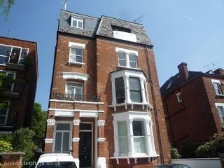 HAMPSTEAD 2 BEDS WITH PARKING