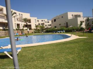 Apartment 18C0, Los Monteros