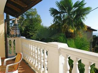 Nice apartment for 3 in Opatija