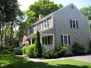 Beautiful 4 Bdrm  Brewster Home Minutes From Beach