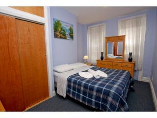 Beautiful 2 bedroom apartment! 15 min to Manhattan