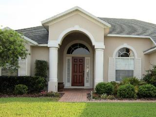 Luxury 4BR Pool/Spa Villa near Disney / Golf