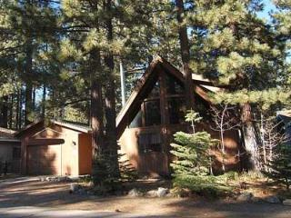 Charming South Tahoe Cabin-Family Friendly-Hot Tub