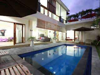 Villa Alleira Seminyak - in the heart of Seminyak