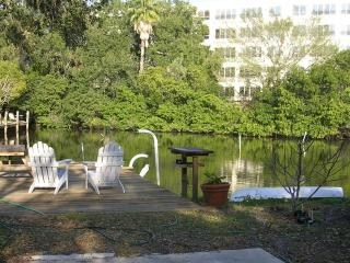 Studio apt. downtown Sarasota waterfrt- $495