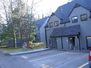 Condo 51/2,St-Sauveur, inside pool sauna and spa